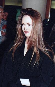 Vanessa Paradis - Wiki...