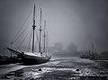 Vanha purjelaiva Halkolaiturilla - Marit Henriksson.jpg