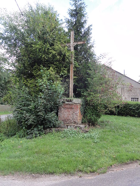 Vaux-en-Vermandois (Aisne) calvaire B
