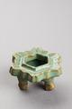 Vietnamesiskt fotställ till kärl - Hallwylska museet - 96083.tif