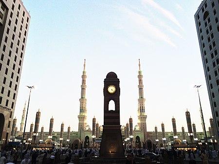 View of Masjid-e-Nabawi Gate 21, 22.jpg