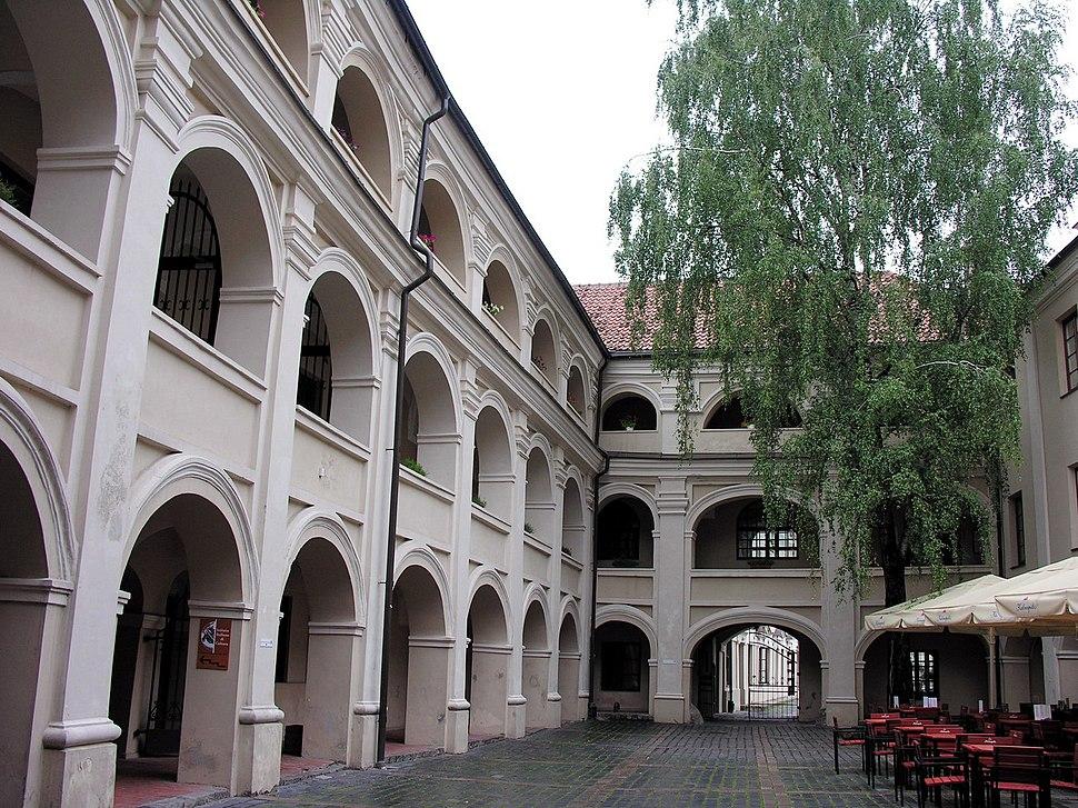 Vilnius. Alumnatas, 2006-08-10
