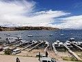 Vista desde el muelle del Lago Titicaca en Copacabana.jpg