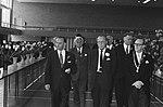 Vooraan v.l.n.r. Coenen (voorzitter Koninklijke Algemene Vereniging voor bloemb…, Bestanddeelnr 924-5377.jpg