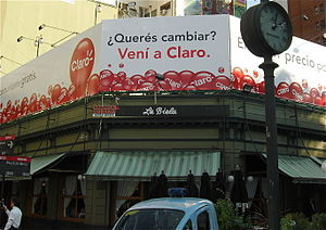 "Voseo - Voseo used on a billboard in Buenos Aires, Argentina. The sign reads, ""Do you want to change? Come to Claro."" In tuteo, it would have been, ""¿Quieres cambiar? Ven a Claro."""