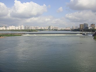 Wanquan River - Wanquan River at Qionghai viewed from the bridge directly south that carries Aihua W Rd./China National Highway 223