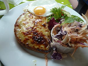 Welsh rarebit - Buck rarebit (Welsh rarebit with an egg)