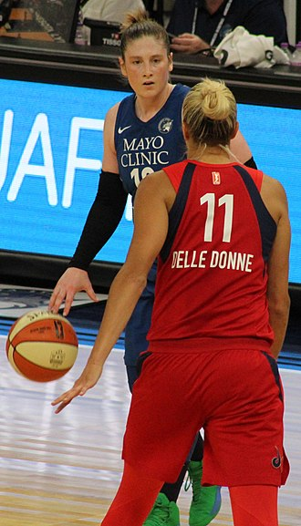 Lindsay Whalen - Whalen and Elena Delle Donne in 2018
