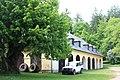 Wirstschaftsgebäude von Schloss St Johann am Pressen.JPG