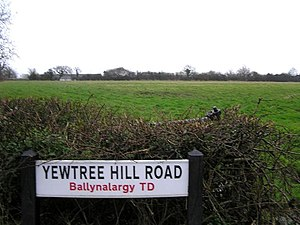 English: Yewtree Hill Road It is in the townla...