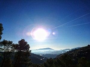 Yunquera-Tolox-hacia-la-salida-del-sol.jpg
