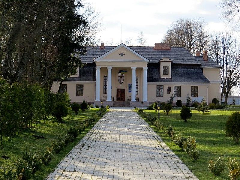 Палац родини Липинських, нині Меморіальний музей Вячеслава Липинського