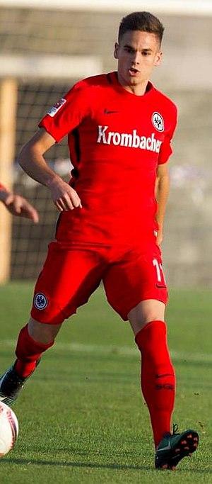 Mijat Gaćinović - Gaćinović with Eintracht Frankfurt in 2017