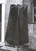 """""""Fomelca"""" (suknja), nosila Uršula Žerjal, Boljunec 1967.jpg"""
