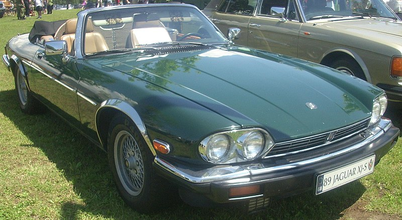 File:'89 Jaguar XJS Convertible (Ste. Anne De Bellevue Veteran's Hospital '10).jpg