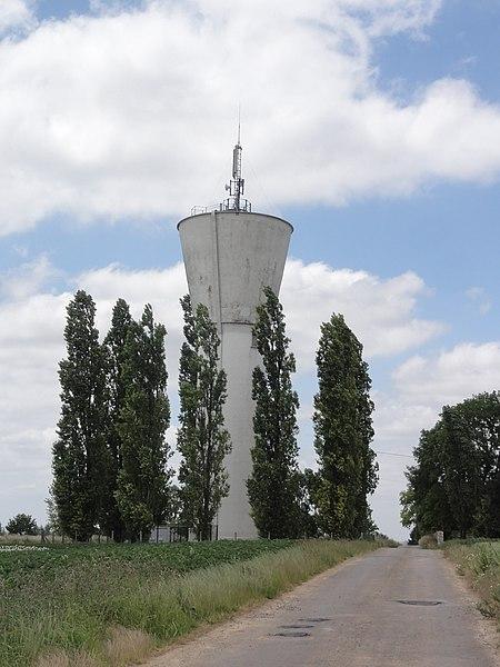 Ébouleau (Aisne) château d'eau