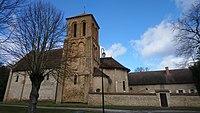 Église Saint Pierre Les Etieux.jpg