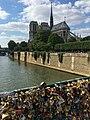 Île de la Cité and Notre Dame de Paris from Pont de l'Archevêché covered with love padlocks, May 2014.jpg