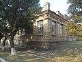 Вигляд навчального корпусу з перехрестя вулиць Садової на Виноградну.jpg