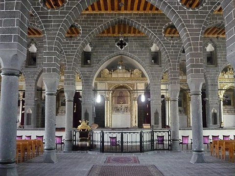 Inside the St. Giragos Armenian Church photographed after the restoration, 2012. On 26 March 2016 the Turkish government confiscated St. Giragos, under Article 27 of the Expropriation Law. Sowrb Kirakos ekeghets`i (Diarbek`ir) (3).JPG