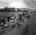 בית-זרע 1939 - תהלוכה לחנוכת כביש הכניסה מצד שמאל באפודה- אברהם דורו ע btm11428.jpeg
