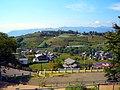 勝沼ぶどう郷駅からぶどうの丘を見る - panoramio.jpg