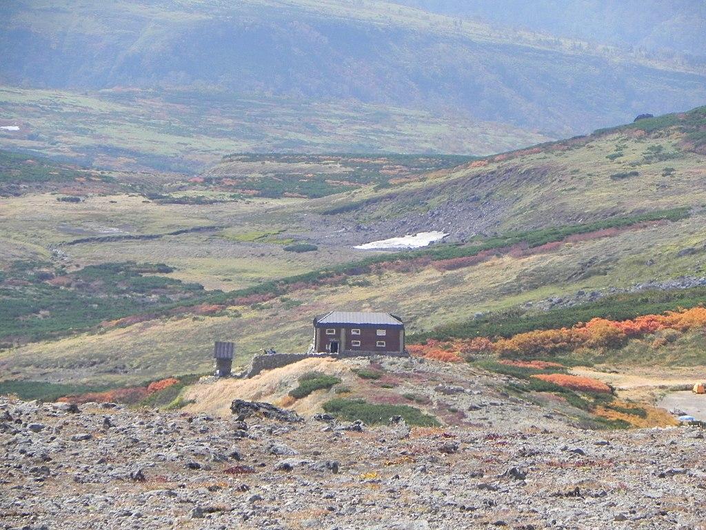 白雲岳避難小屋(Mt. Hakuun hut) - panoramio