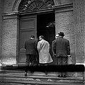 05.06.61 Procès Tournerie des Drogueurs. La foule aux Assises (1961) - 53Fi920.jpg