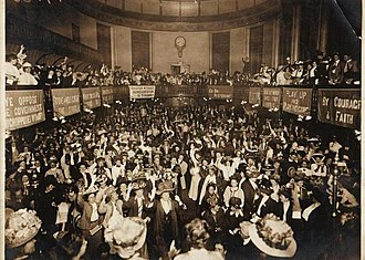 Caxton Hall - Suffragette meeting at Caxton Hall in 1908, view of the hall interior.