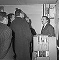1963 Visite de Mrs Georges Pompidou et Edgard Pisani au CNRZ-8-cliche Jean Joseph Weber.jpg