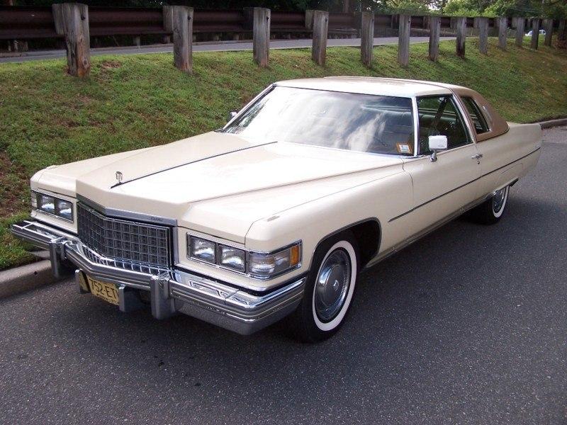 1976 Cadillac Coupe Deville D'Elegance fvl