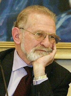 Bronisław Geremek - Bronisław Geremek in 2004