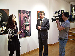 Ella Guru - Ella Guru is interviewed by Richard Quest of CNN International during Go West at Spectrum London gallery, October 2006