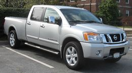 2008 Nissan Titan long bed.jpg