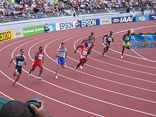 Howe impegnato nei 200 metri ai Mondiali di Helsinki 2005
