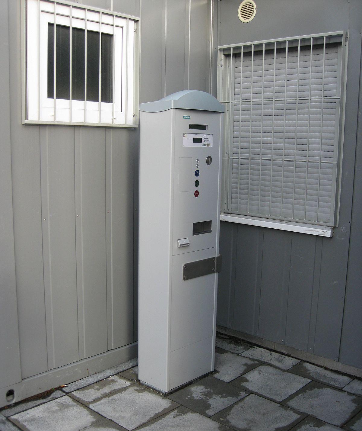 2011-12-15 Bonn Steuerticketautomat.JPG