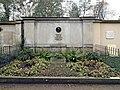 20161116100DR Dresden-Johannstadt Trinitatisfriedhof Carl Gustav Carus.jpg