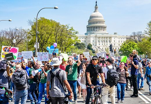 2017.04.15 -TaxMarch Washington, DC USA 02361 (33674952190).jpg
