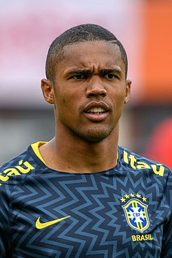 20180610 FIFA Friendly Match Austria vs. Brazil Douglas Costa (BRA) 850 1486.jpg