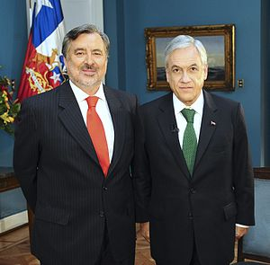 Chilean general election, 2017 - The two candidates making it to a second round: Alejandro Guillier (left) and Sebastián Piñera.