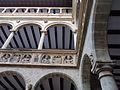362 Col·legi de Sant Jaume i Sant Maties (Tortosa), retrats de la monarquia al pati.JPG