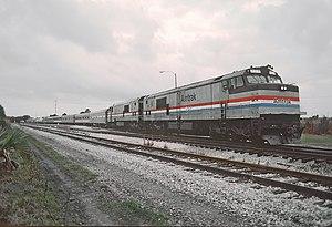 AMTK 707 (P30CH) Autotrain, Sanford, FL (22737450251).jpg