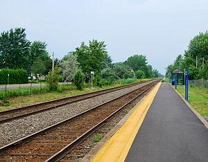 Saint-Constant station - Image: AMT Saint Constant