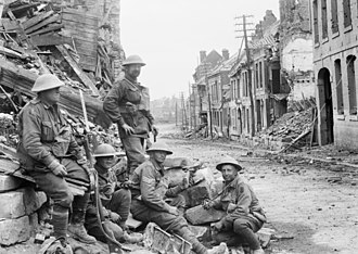 Hundred Days Offensive - 1 September 1918, Péronne (Somme). A machine gun position established by the Australian 54th Battalion during its attack on German forces in the town.