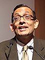 Abhijit Banerjee FT Goldman Sachs Business Book of the Year Award 2011 (cropped 2).jpg