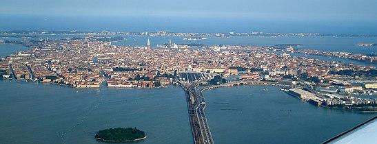 Aerial photo of Venice.jpg