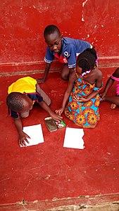 African children At work.jpg