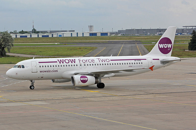 Mynd:Airbus A320-231, LY-COS WOW Force Two, WOW Air (X9