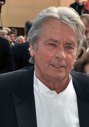 Alain Delon (* 8. november)