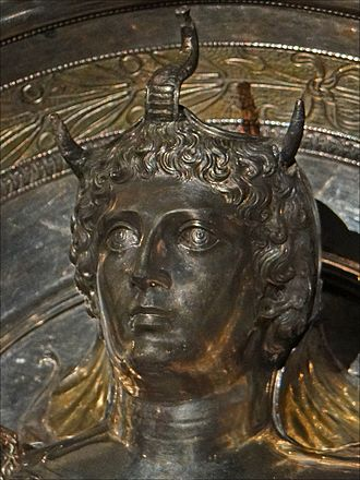 Cleopatra Selene II - A likely depiction of Cleopatra Selene II wearing an elephant scalp, raised relief image on a gilded silver dish, from the Boscoreale Treasure, 1st century BC